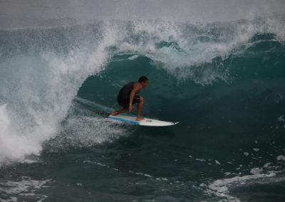 04_Surfing