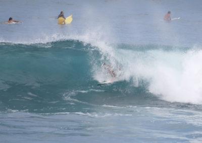11_Surfing