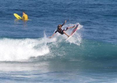 13_Surfing