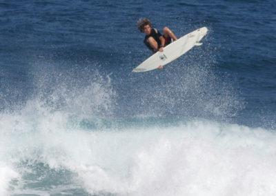 15_Surfing
