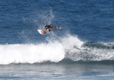 16_Surfing