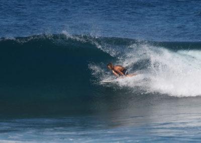 19_Surfing