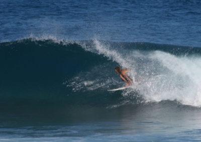 20_Surfing