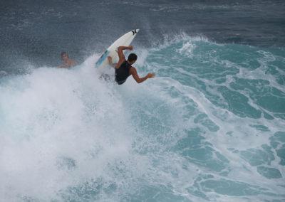 23_Surfing