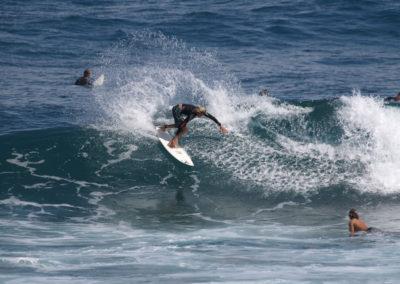 24_Surfing