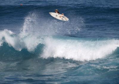 36_Surfing