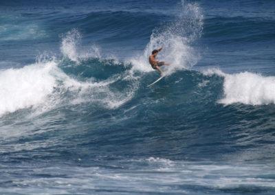 37_Surfing