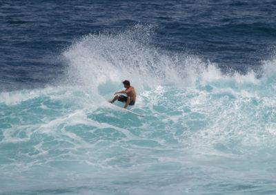 39_Surfing