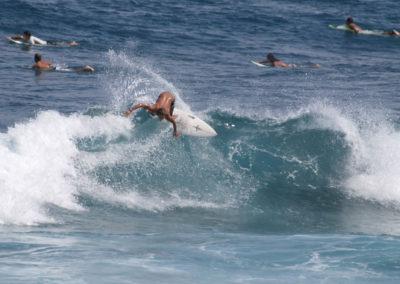 41_Surfing