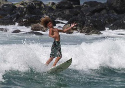 47_Surfing