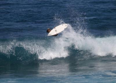 48_Surfing