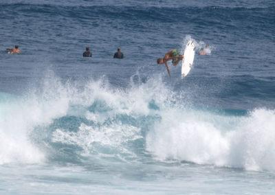 53_Surfing
