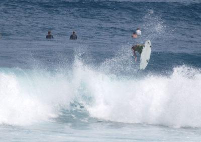 54_Surfing