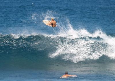 56_Surfing