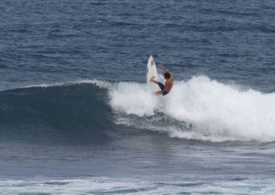 58_Surfing